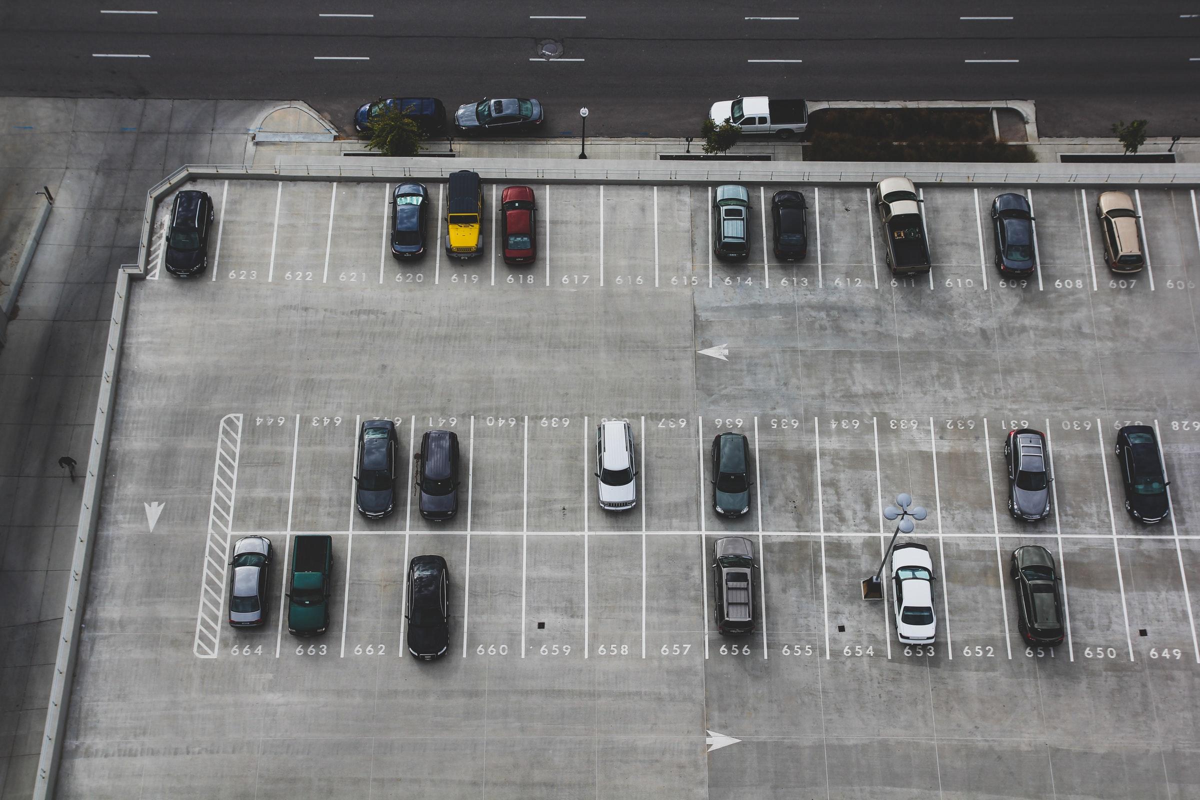 proveedores de estacionamientos inteligentes